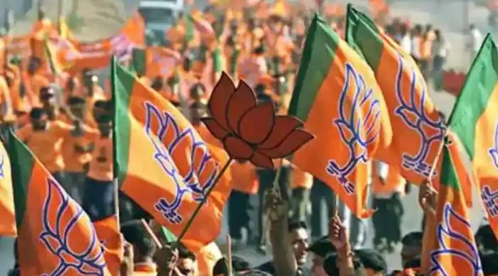 BJP Will Not Hold Big Rallies In West Bengal, Left Party Criticized BJP